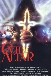 Assistir Altar do Diabo Online Grátis Dublado Legendado (Full HD, 720p, 1080p) | James Winburn | 1988